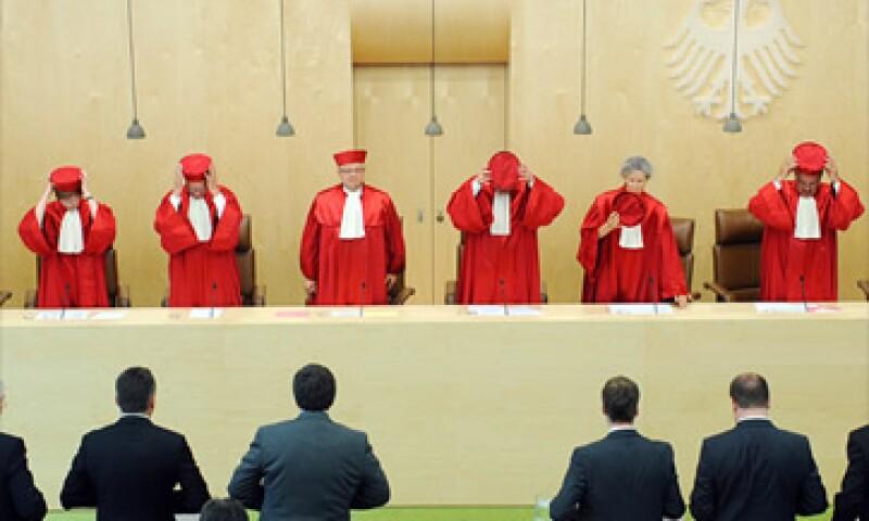 El fallo de esta semana es sobre una medida judicial preliminar. La Corte emitirá la decisión definitiva sobre el MEDE a finales de año. (Foto: Cortesía CNNMoney)