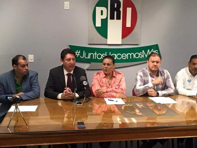 Los representantes del tricolor en la entidad piden la nulidad del proceso electoral que ganaron los candidatos panistas tanto en el gobierno estatal como en el municipal.