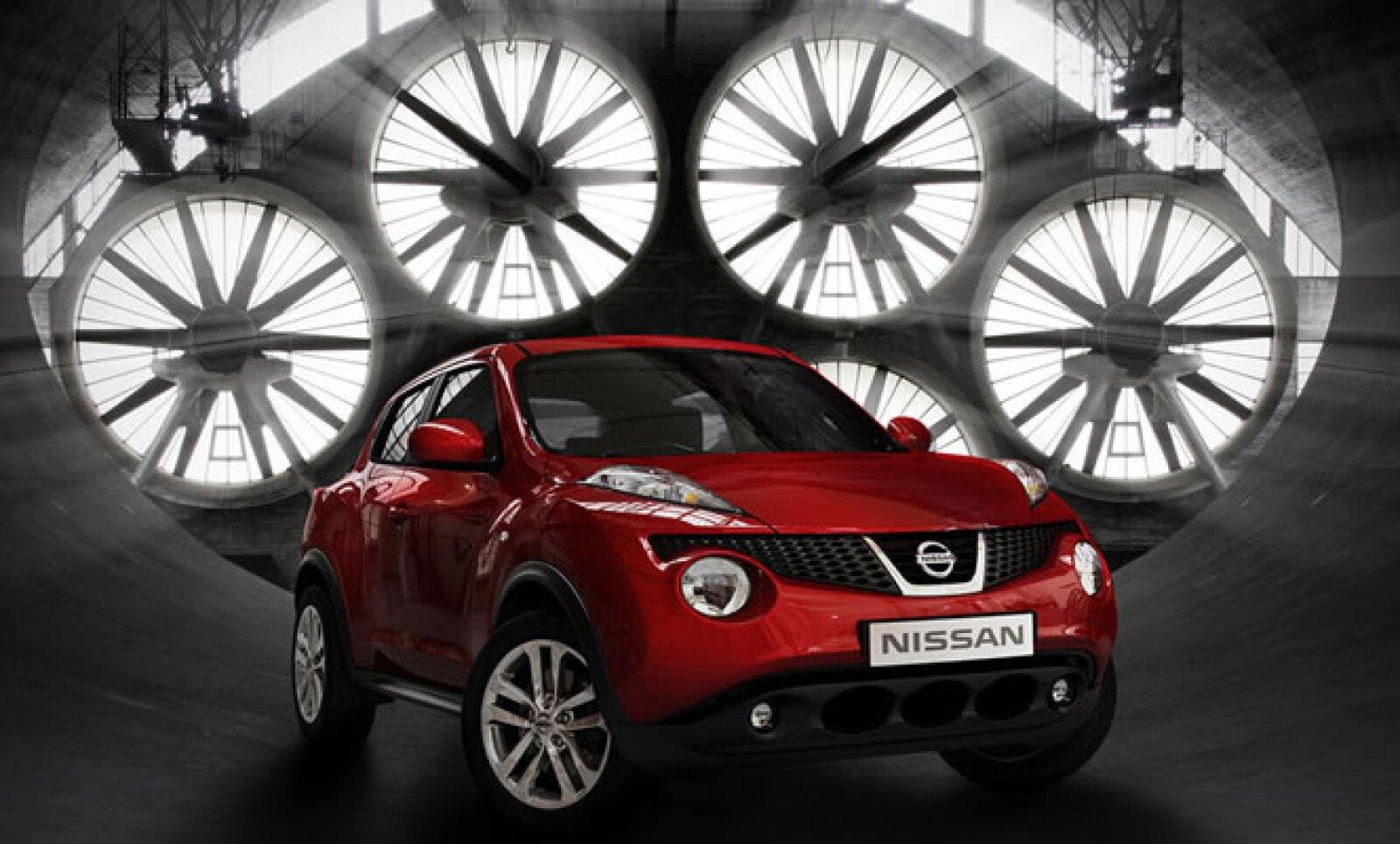 El Juke está fabricado sobre la plataforma B de la alianza Renault-Nissan, y es la misma que se utiliza en los modelos Tiida, Duster y Clio III.