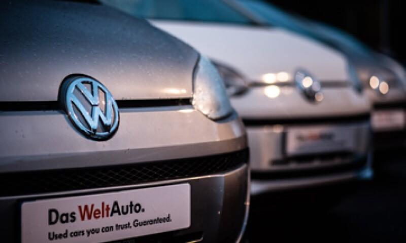 El mes pasado, VW reveló una irregularidad en el sistema de emisiones de 11 millones de vehículos con motor a diésel(Foto: Getty Images/Archivo )