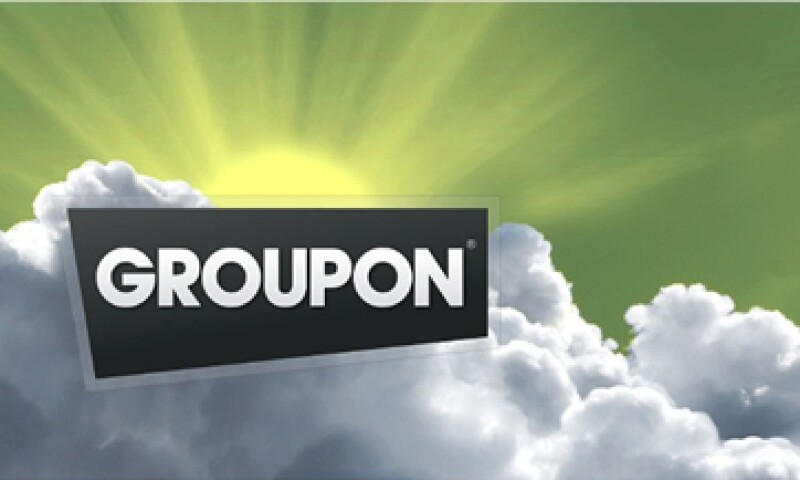 Groupon recomprará 300 mdd de sus acciones en los próximos dos años para impulsar el valor de los títulos. (Foto: Cortesía de CNNMoney)