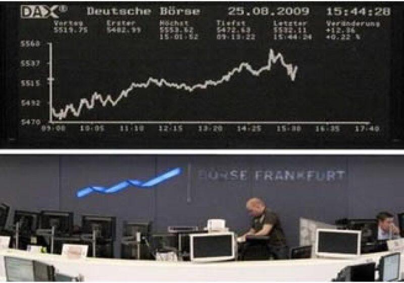 Las acciones de banca y energía registraron avances en las plazas bursátiles de Europa. (Foto: Reuters)