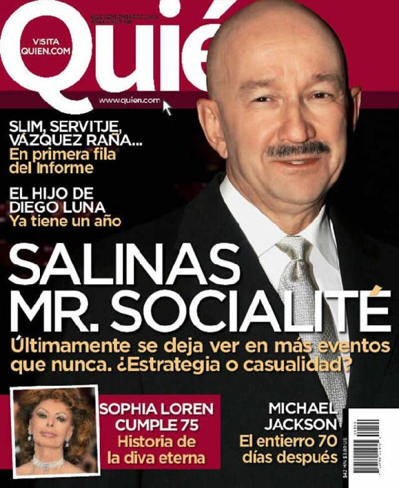 El ex Presidente de México ha dicho adiós a su bajo perfil y ahora se deja ver en bodas, cumpleaños y otros eventos sociales, incluso todos quieren tomarse la foto con él.