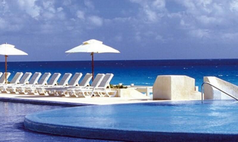 Live Aqua Cancún forma parte de los ocho hoteles que hacen su primera aparición en la guía anual de los 250 mejores hospedajes alrededor del mundo, de la revista Travel+Leisure. (Foto: Cortesia www.feel-aqua.com)