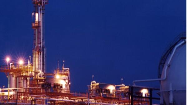 Pemex dijo que su nueva planta le permitirá ahorrar 152 mdd al año. (Foto: tomada de pemex.com)