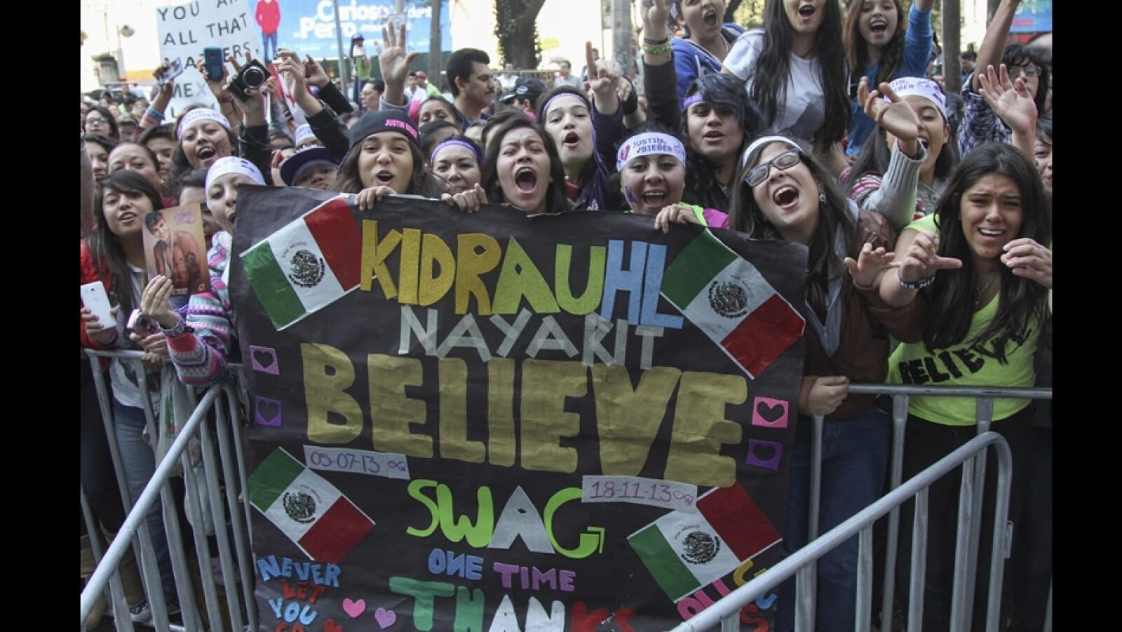 fans, justin bieber, polanco, hotel, believers 2