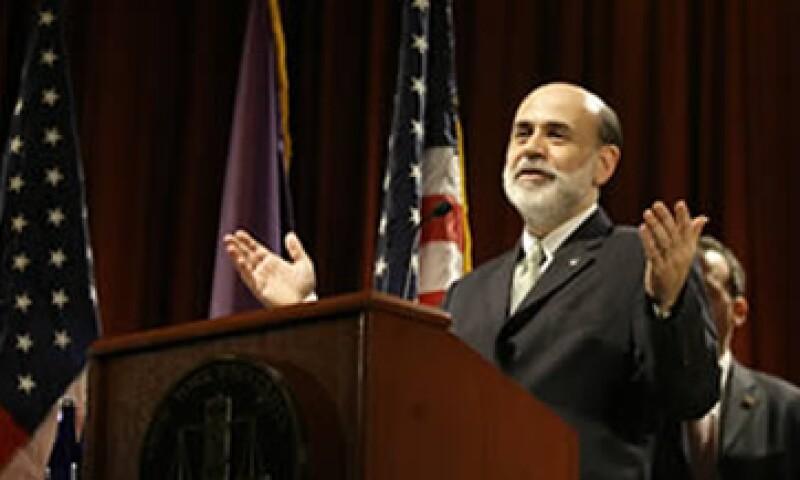 La entidad comandada por Bernanke dijo que las presiones en los precios  de los insumos han cedido significativamente. (Foto: Archivo)