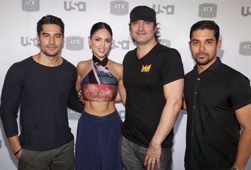 Eiza y su novio DJ Cotrona también son compañeros de serie.