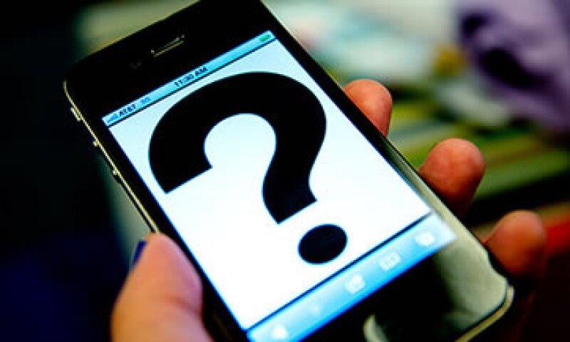 Una reciente encuesta reveló que más consumidores prefieren el iPhone que algún smartphone Android.  (Foto: Cortesía CNNMoney)