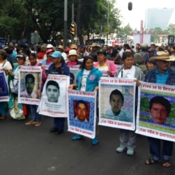 marcha-1año-ayotzinapa