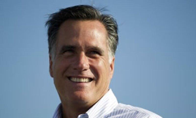 La campaña de Romney dijo que tenía 160 mdd en efectivo a disposición a fin del mes pasado. (Foto: AP)