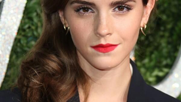 Emma Watson es el número 1 en la lista. Con su campaña HeForShe, se propone darle una voz fuerte a las mujeres y se ha convertido en la cara del feminismo. Emma no es sólo una cara bonita, es una mujer que está cambiando al mundo.