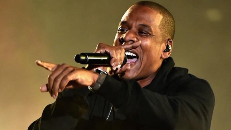 Jay Z tiene mucho de que reír y celebrar ya que acaba de adquirir una compañía de música en línea con base en Suecia