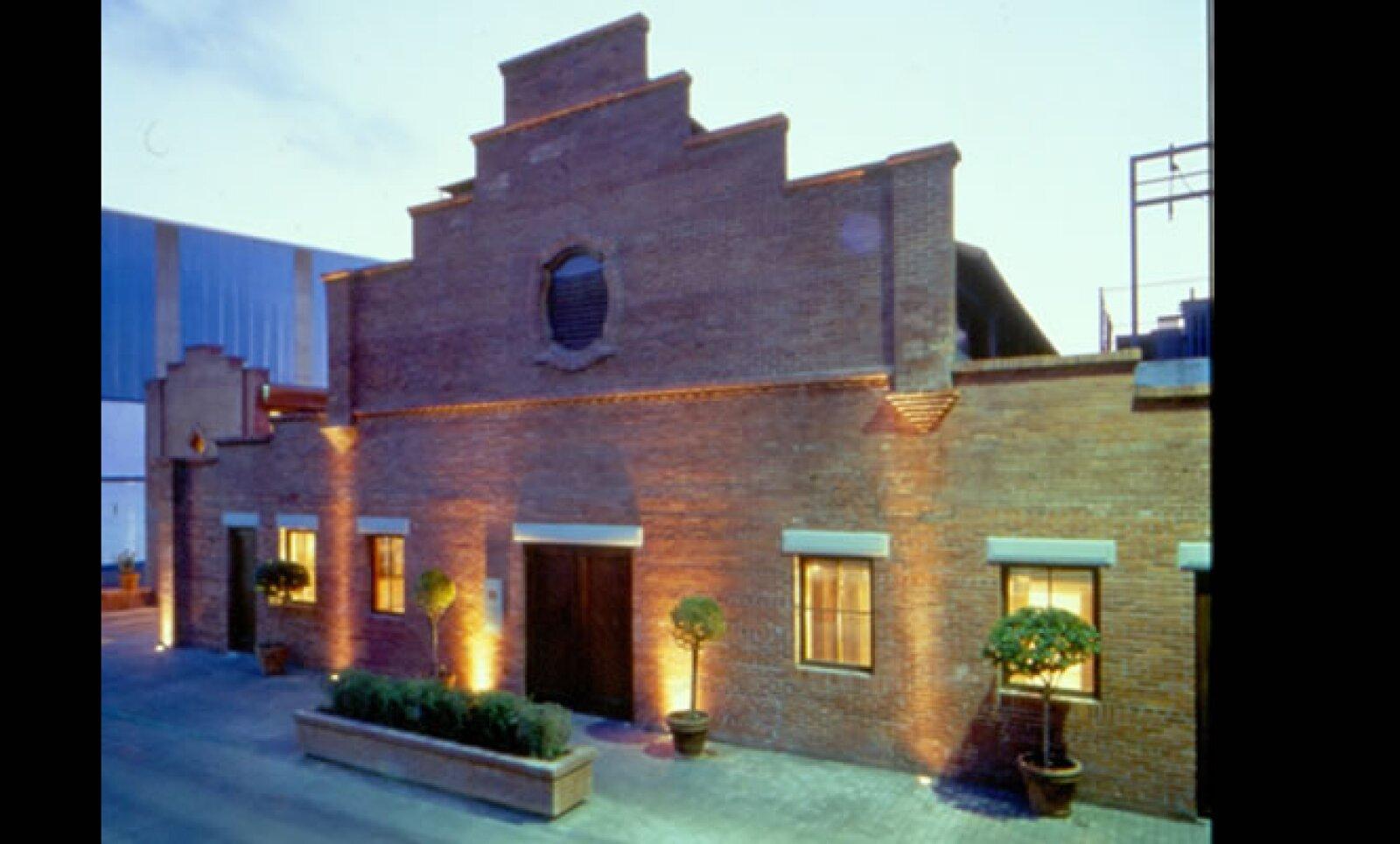 El museo se encuentra en Magallanes No. 517, esquina con Zaragoza en Monterrey, Nuevo León. Los horarios de visita son de martes a domingo en un horario de 10:00 a.m. a 7:00 p.m.