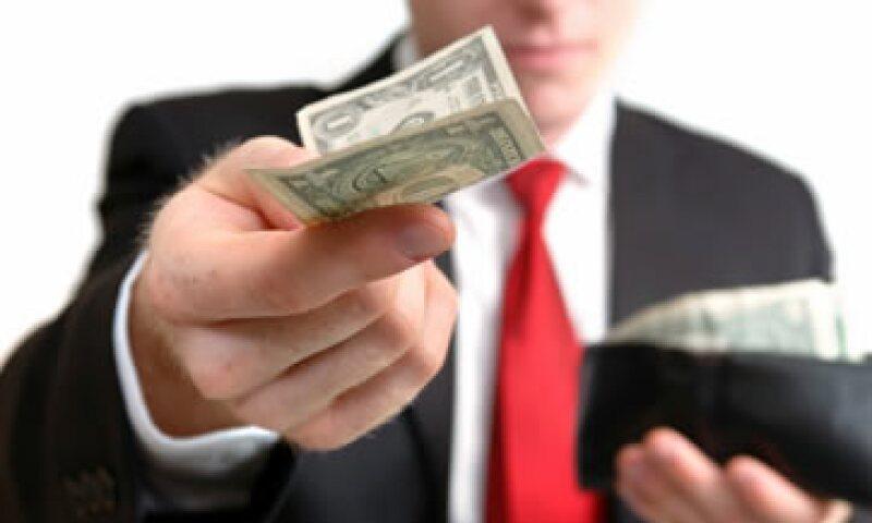 Las condiciones para negociaciones de salario y bonos de productividad tienen que estar por escrito. (Foto: Getty Images)