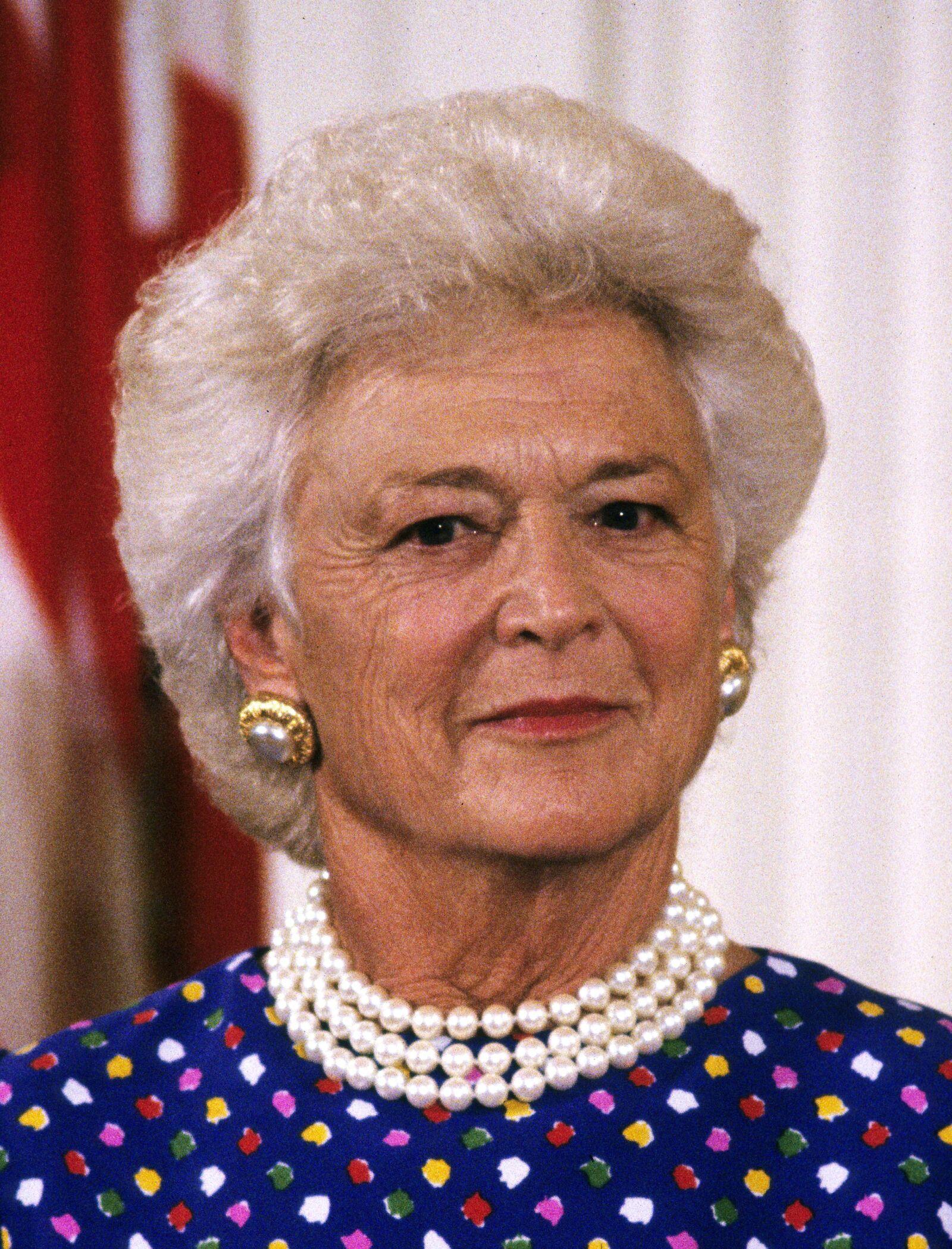 La madre del ex presidente George W. Bush murió a los 92 años, luego de padecer una enfermedad pulmonar obstructiva crónica.