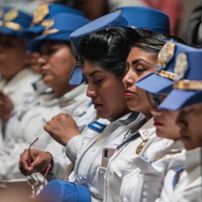 Mujeres policías