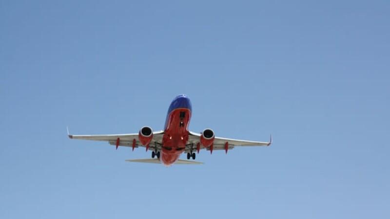n vuelo de Estados Unidos de la empresa Southwest Airlines; el gobierno tomará medidas más estrictas de abordaje