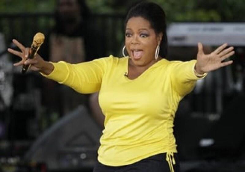 Una sola mención en el programa de Oprah Winfrey puede colocar las ventas de un libro o un pastelillo en el primer lugar. (Foto: AP)