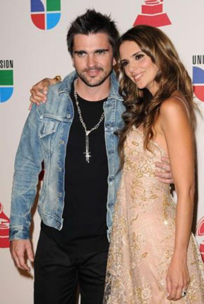 El cantante colombiano y su esposa, Karen Martínez, esperan el nacimiento para mediados de septiembre, aún no saben el sexo del bebé.