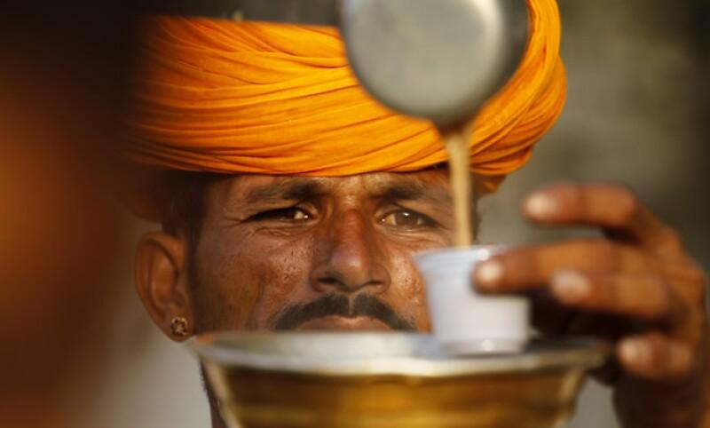 La economía india creció sólo 5.3% en el primer trimestre del año, su desempeño más débil en nueve años. (Foto: AP)