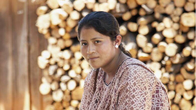 Aintza es una de las niñas que participaron en el proyecto, ella retrató a la mujer de San Felipe del Progreso