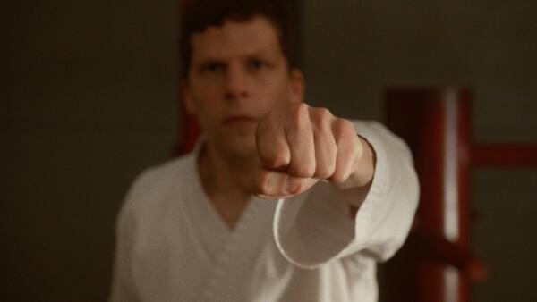 El Arte de Defenderse con Jesse Eisenberg