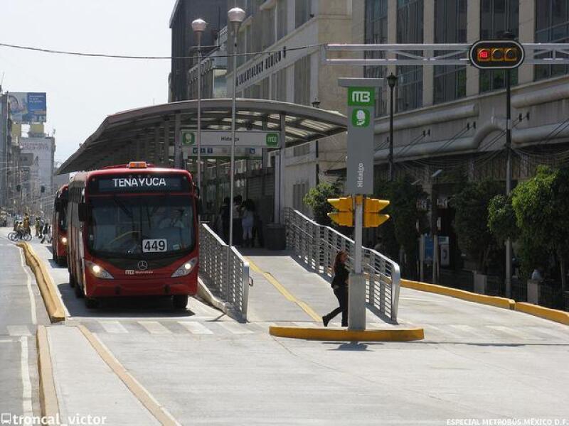 Metrob�s tenayuca