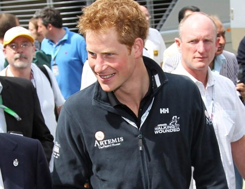 Los medios españoles esperan que Enrique salga mucho de fiesta, tener más presencia de realeza.