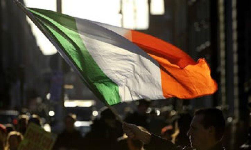 La Comisión Europea desmintió que algunos plazos de pago se duplicarán a 30 años.  (Foto: AP)