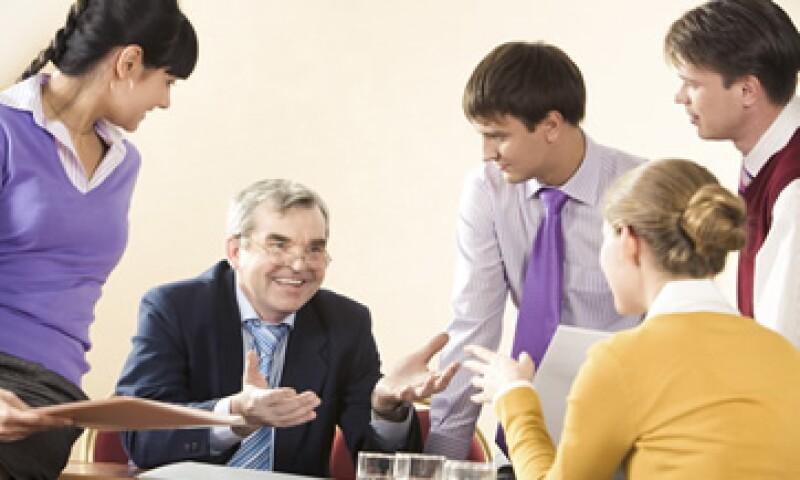 El liderazgo debe de ir de arriba hacia abajo; comienza en las áreas directivas, sigue con los gerentes y finalmente se propaga al resto de las áreas. (Foto: Photos to go)