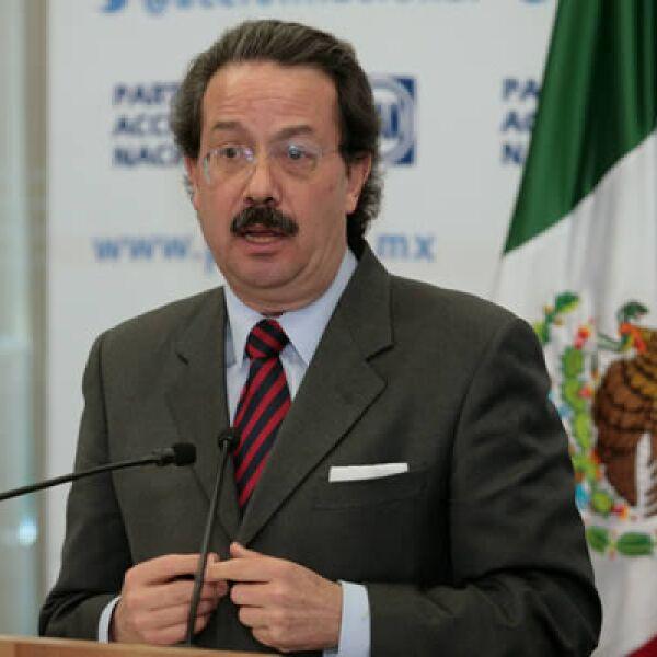 Cargo anterior: director del IMSS y secretario de Comunicaciones y Transportes con Calderón. Actividad actual: el maestro en Ciencia Política es secretario de Gobierno del CEN del PAN.