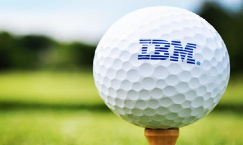 IBM está invirtiendo fuertemente en software y servicios en la nube. (Foto: tomada de twitter.com/IBM )