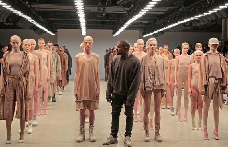 Una vez más, la marca de fast fashion se ha visto envuelta en un caso de plagio al ser acusada de copiar algunos de los looks de la colección Yeezy Season 2 de Kanye West. Compara y dinos qué piensas.