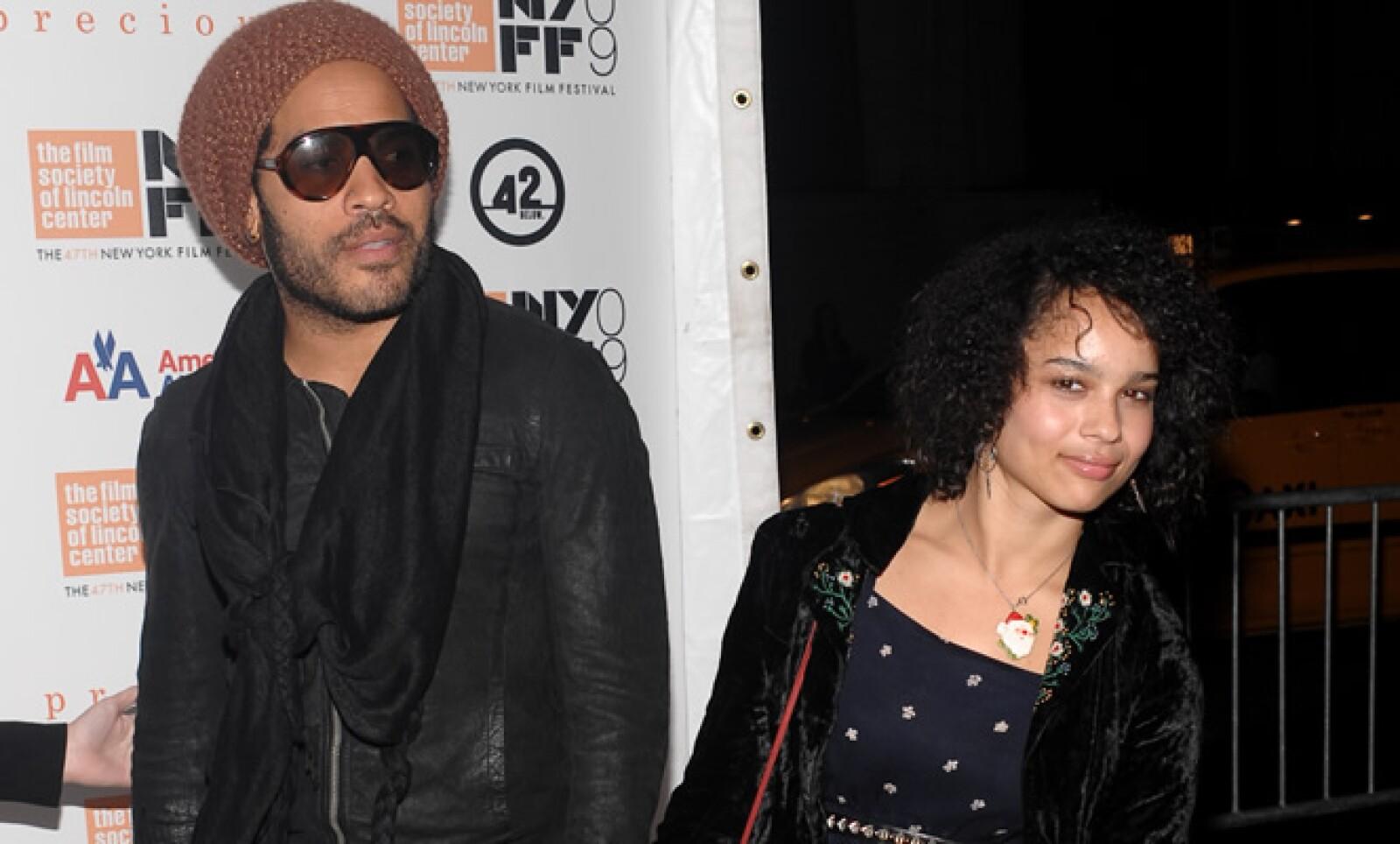 El músico Lenny Kravitz y su hija Zoe acudieron juntos al Festival de Cine de Nueva York.