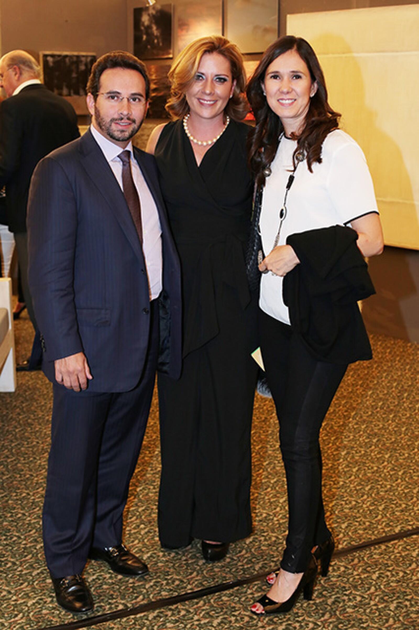 Luis Betancourt,Ana Betancourt,Lupita Arce