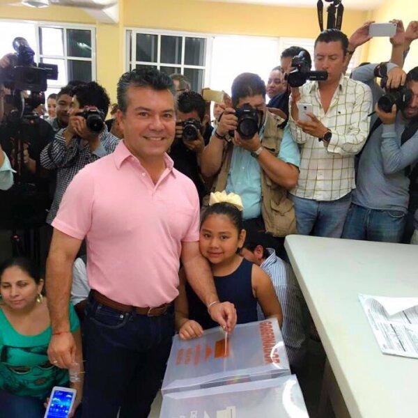 El candidato del PRI-PVEM-Panal a la gubernatura de Quintana Roo, Mauricio Góngora, indicó que hasta que el Ieqroo haga algún pronunciamiento después del cierre de casillas, él dará alguna declaración si es que los resultados lo favorecen.