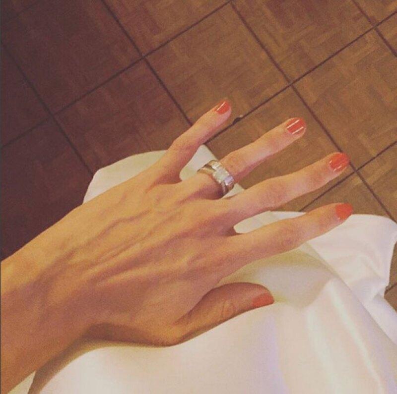 Con esta foto, Natalia dio la noticia de su sorpresiva boda.