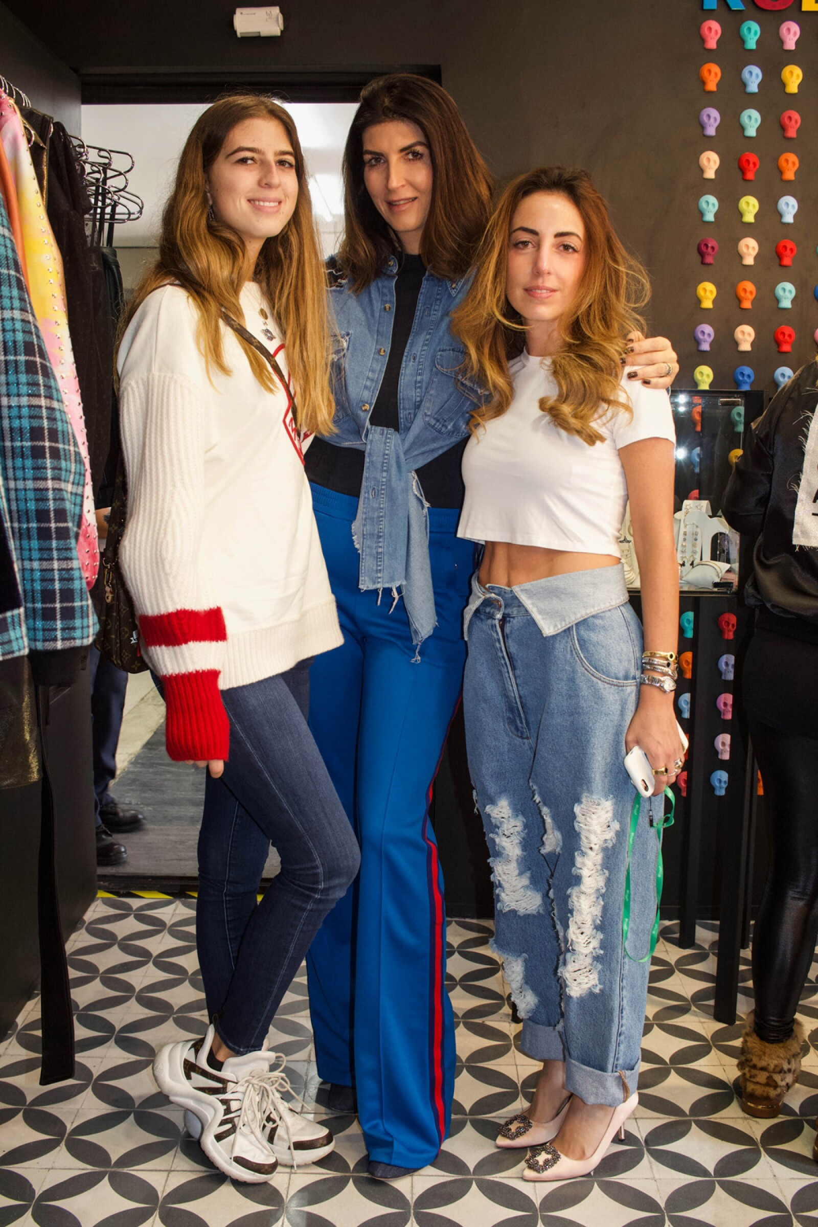 Jacqueline Saba, Eva Saba y Vanessa Attie.jpg
