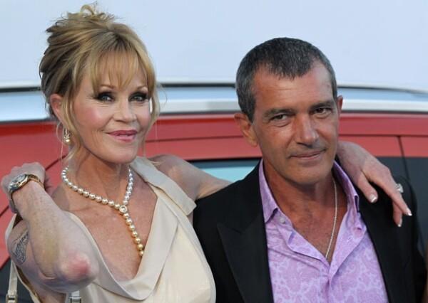 Pese a algunos rumores sobre infidelidad de Antonio, él y Melanie parecían tener un matrimonio estable.