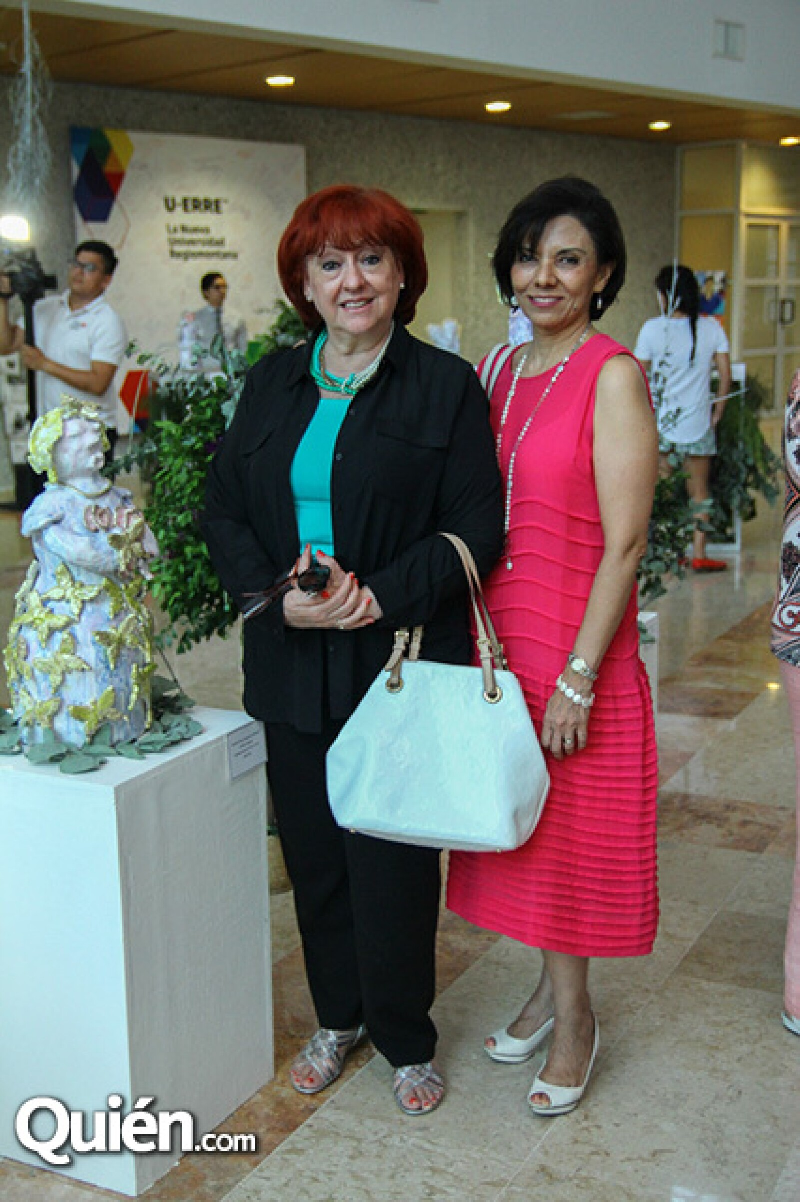 Graciela Salazar y Elizabeth García.