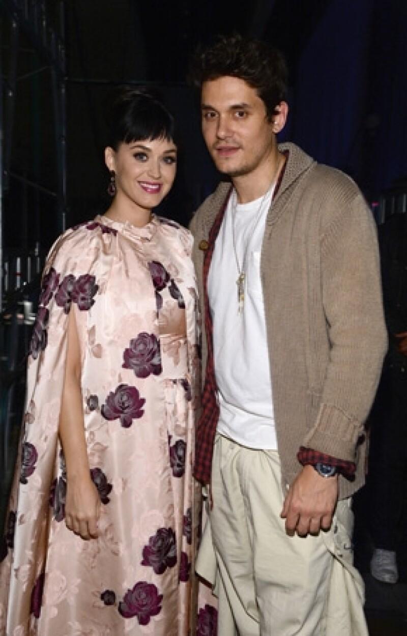 Tras su rompimiento con John Mayer, la cantante ha optado por terapias alternativas que la ayuden a olvidarlo.