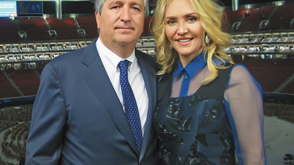 El juez vigésimo tercero de la Ciudad de México falló en contra de la ex pareja del empresario por múltiples hechos ilícitos.