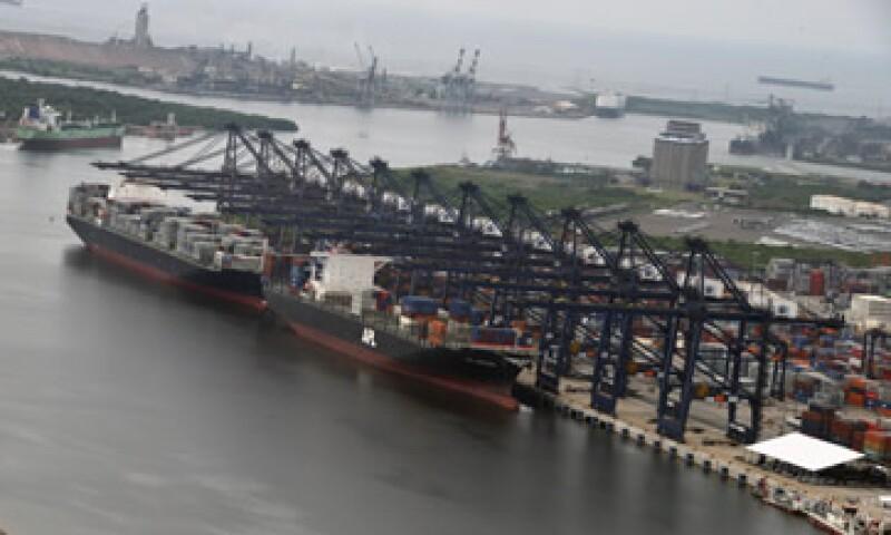 Lázaro Cárdenas es un puerto estratégico para el comercio con los países de la cuenca del Pacífico. (Foto: Cuartoscuro )