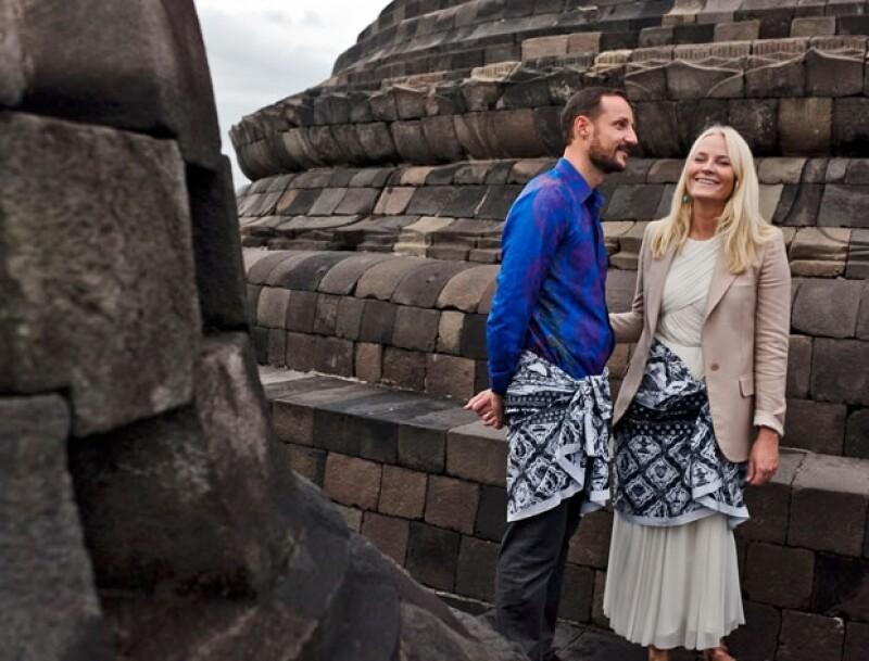 La gente opina que Haakon y Mette-Marit no están lo suficientemente comprometidos con su trabajo.