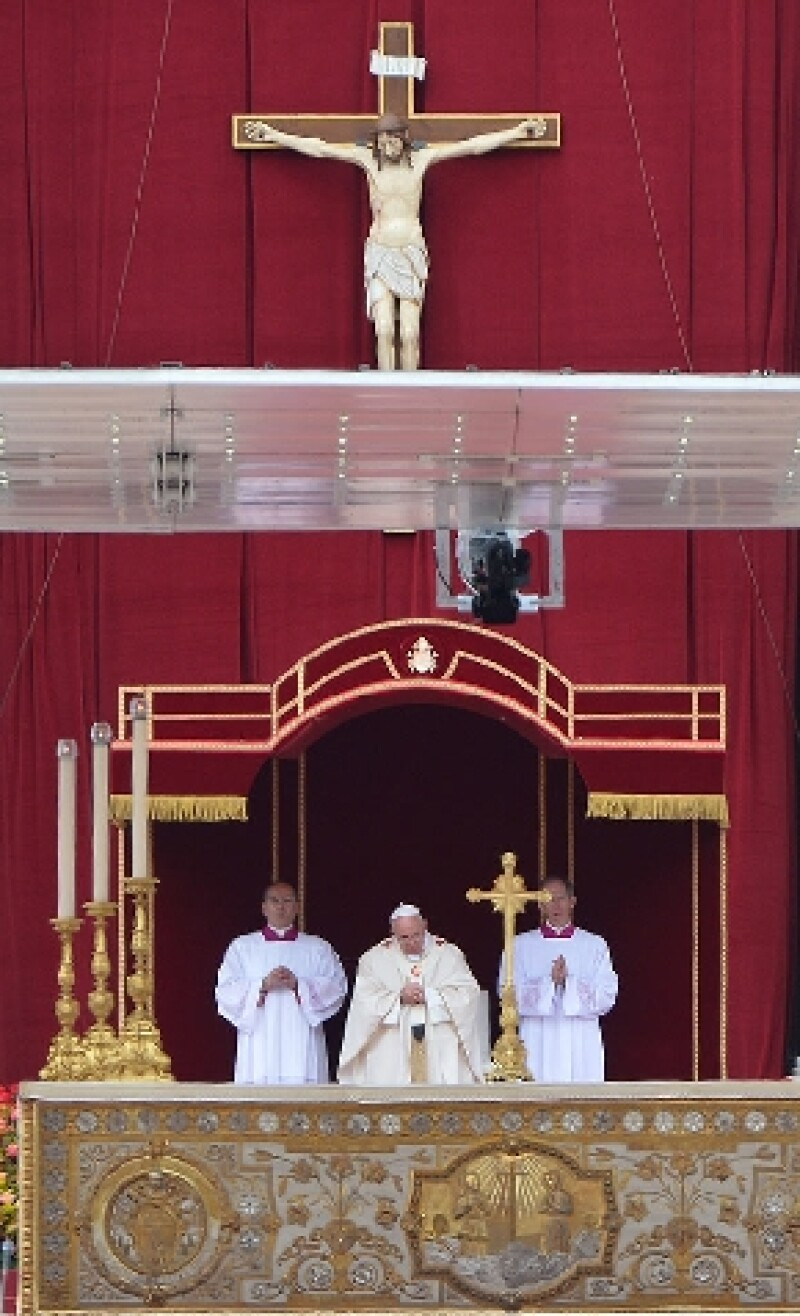 Francisco enumeró las caulidades y los aportes de cada uno de ello a la fe católica.