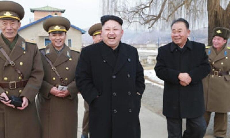 El líder de Corea del Norte, Kim Jong-un –centro-. (Foto: Reuters )
