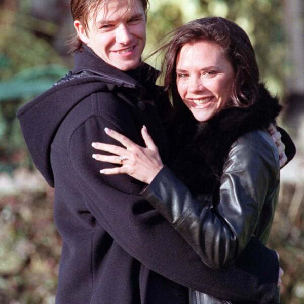 Victoria y David se conocieron en 1997 después de un partido de fútbol de la estrella de soccer.