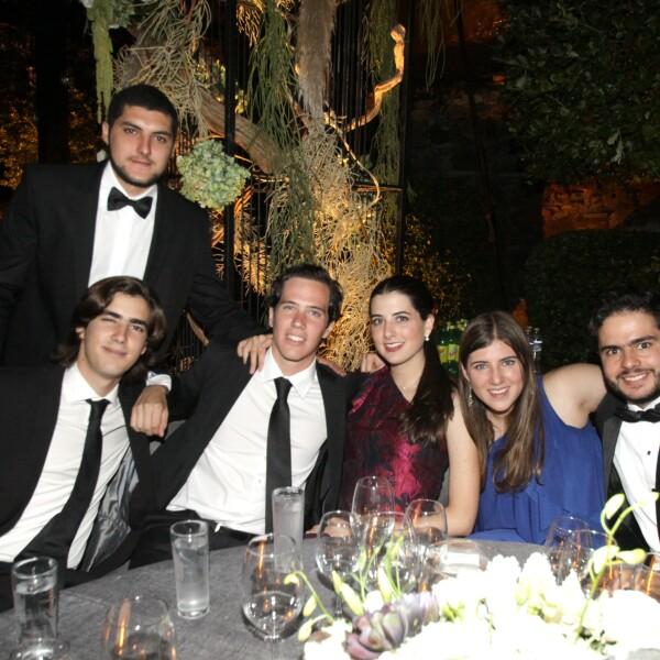 Bernardo Molina, Eduardo Gortázar, Andrés Juárez, Jimena Cuesta, Natalia Cuesta y     Andrés Castañeda.JPG