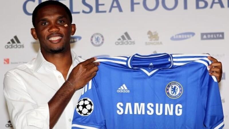 Samuel Eto'o llega al Chelsea